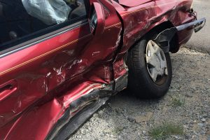car-accident-1660670_1280